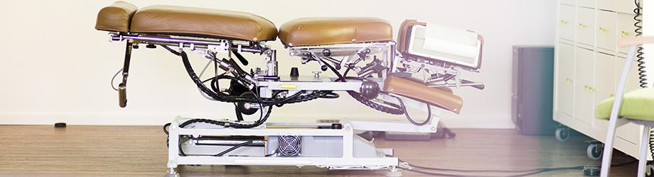 Chiro-Table bzw. Behandlungsliege eines Chiropraktikers