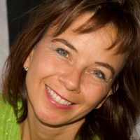 DAGC-Heilpraktikerin > Christina Reuter > Heilpraktikerin > Foto Web > 300x200